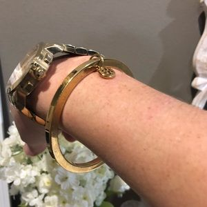 Tory Burch Jewelry - Tory Burch Gold Bangle Charm Bracelet